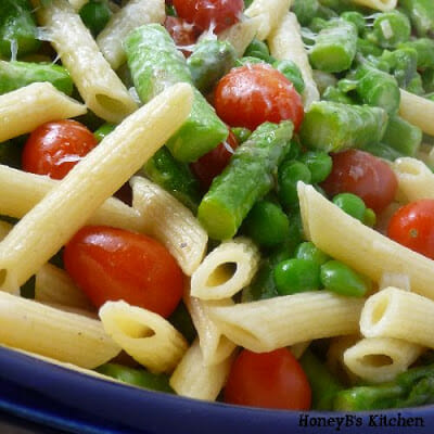 Penne with Asparagus and Cherry Tomatoes