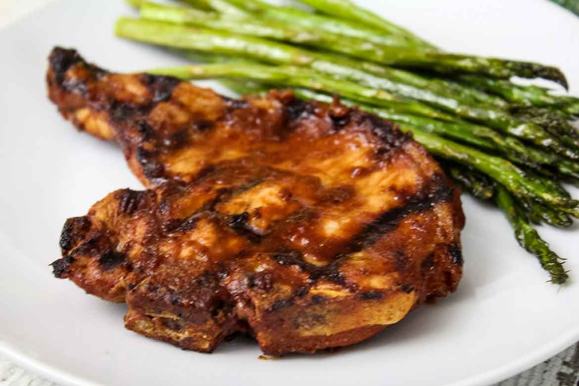 Grilled Pork Chops with Chipotle Sauce – Low Carb Recipe