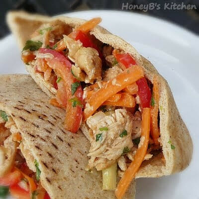 Peanut-Sauced Chicken Pitas