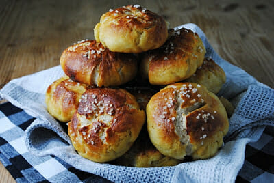 Pretzel Rolls – A Guest Post by Katherine Martinelli