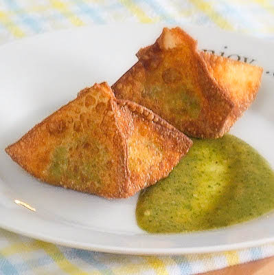 Avocado Wontons with Tamarind Cashew Sauce