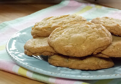 White Chocolate and Peanut Butter Chip Cookies