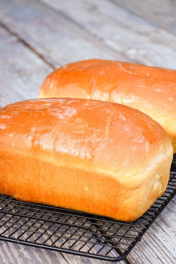 Soft white bread
