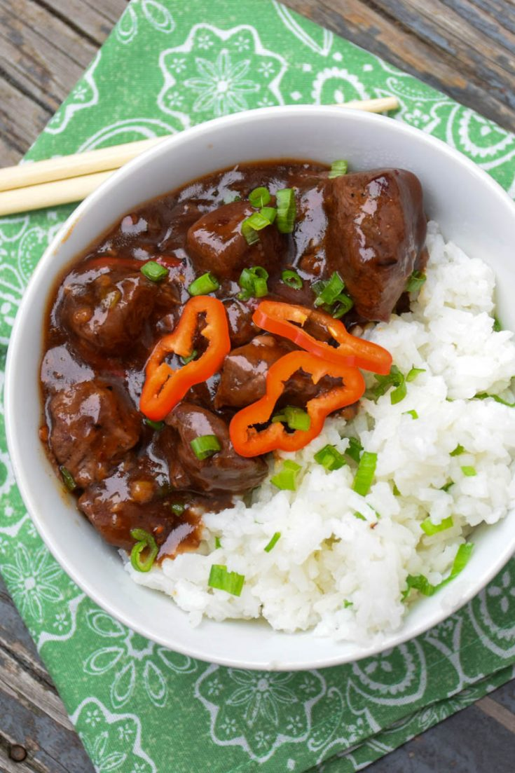 Spicy Asian Venison Bowl - venison stew meat served with a spicy, sweet Asian chili sauce alongside a bowl of jasmine rice #venison #venisonrecipe #asian #bowlrecipe