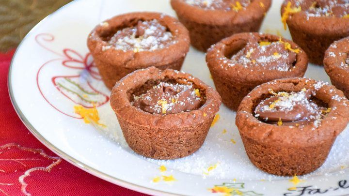Chocolate Hazelnut Filled Gingerbread Cups
