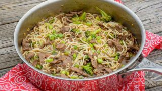 Keto Beef and Broccoli Lo Mein