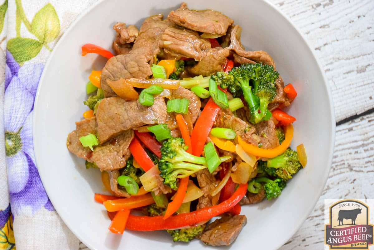 Keto Spicy Beef and Broccoli Stir-Fry