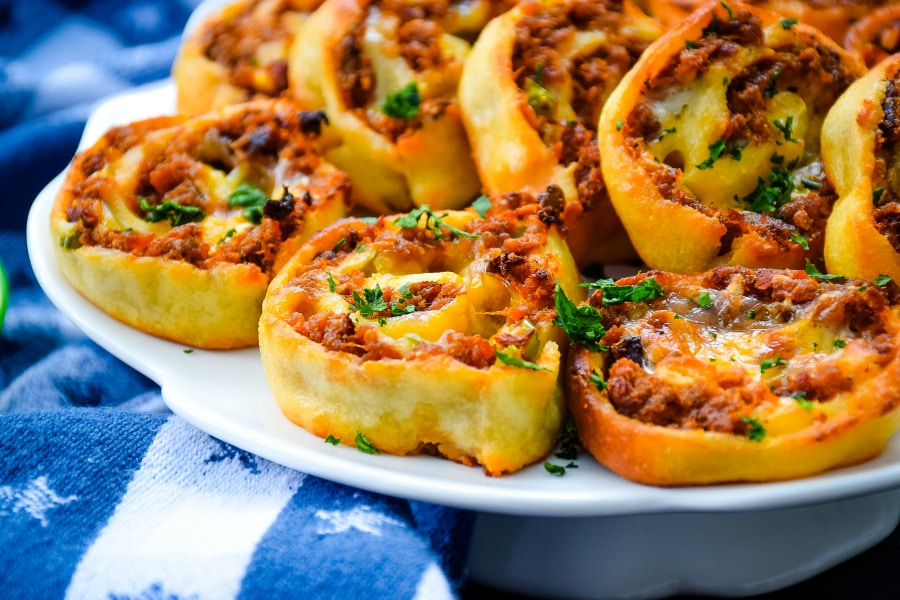 Low-Carb Barbecue Beef Pinwheels