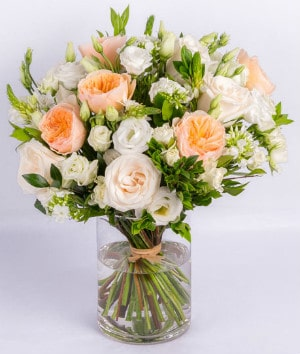 Floral arrangement by Albany florist Ode a la Rose
