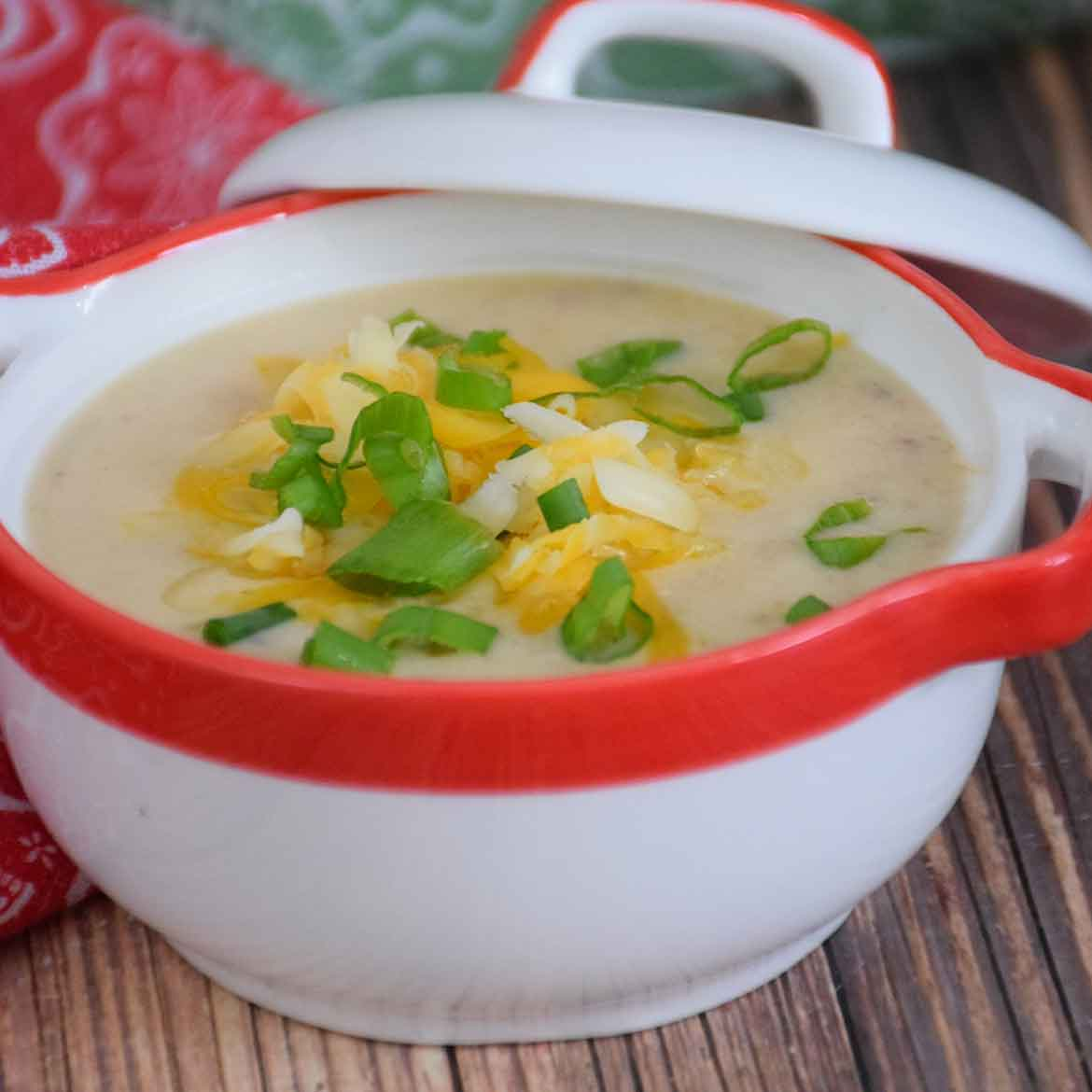 Cheesy Cauliflower Soup – Instant Pot Recipe