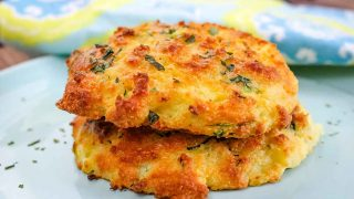 Low-Carb Biscuits with Zucchini and Cheese