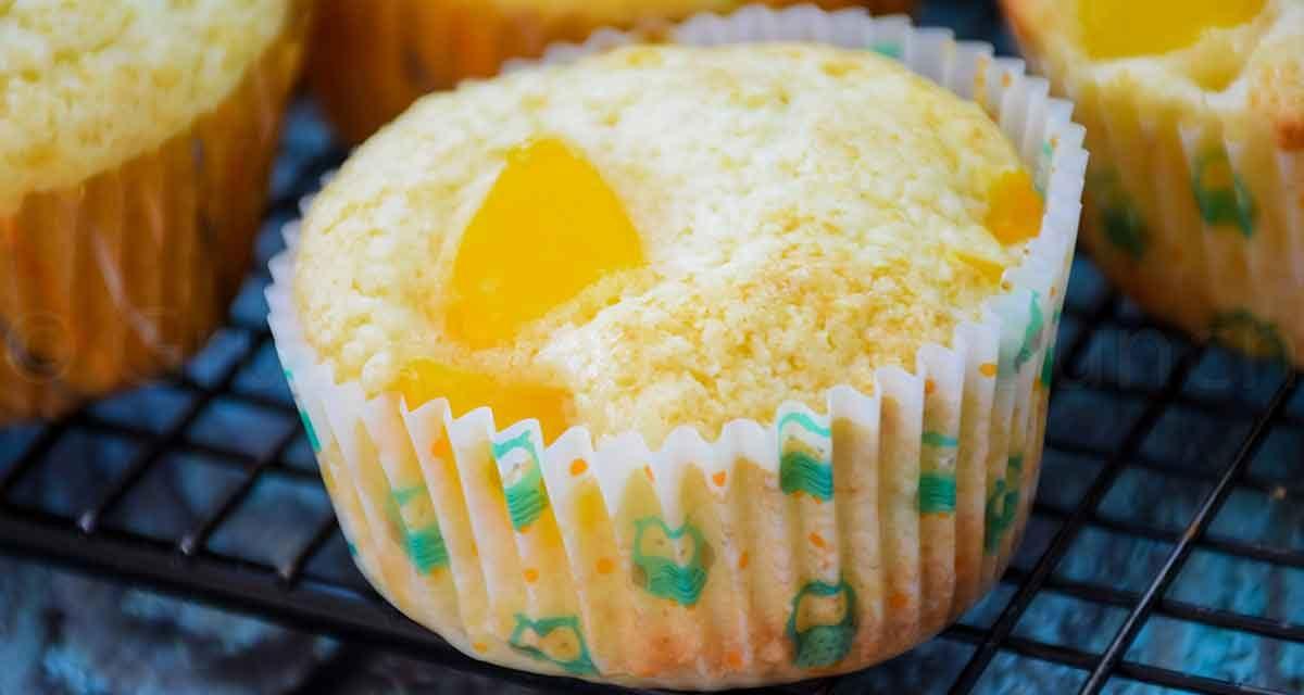 Peach Muffins – Family Favorite Muffin Recipe