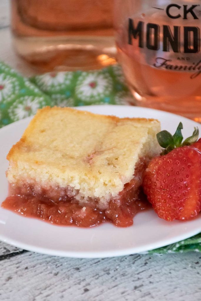 Strawberry Rhubarb Pudding Cake