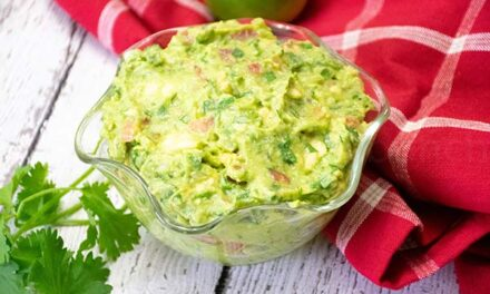 Homemade Guacamole Recipe – 1 Net carb